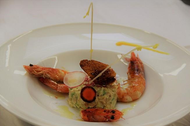 Le-Tartare-exotique-et-ses-Crevettes
