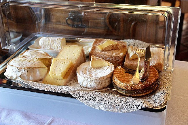 le-Chariot-de-Fromages-Normands